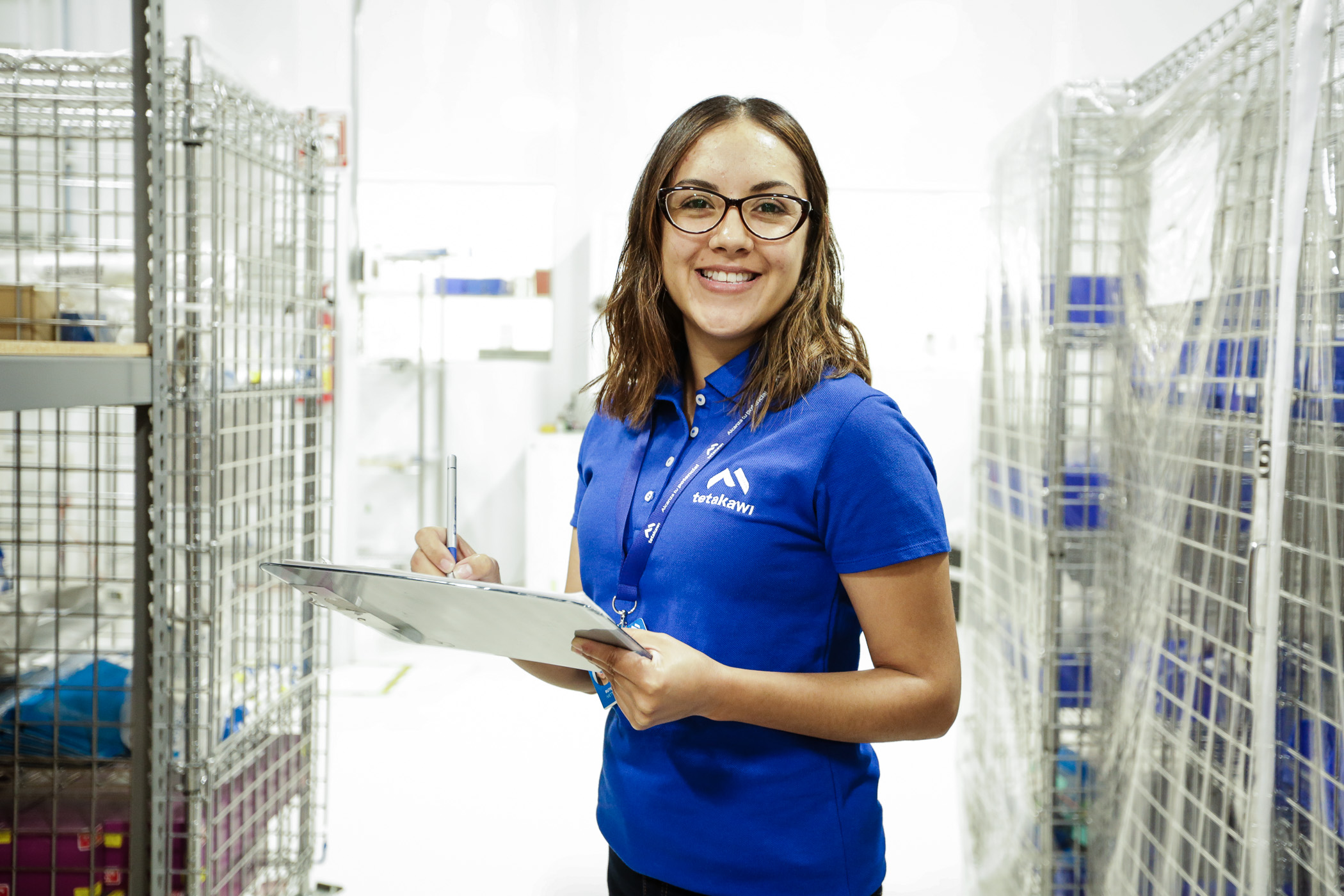 Employee of Shelter Company in Mexico